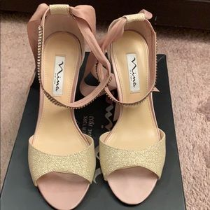 Nina Vannie-GM Champagne Bliss shoes